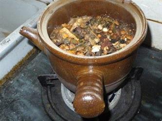 煎中药该选哪种锅?