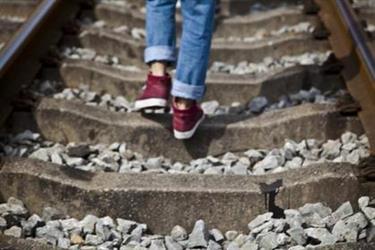 走路学问大,姿势不对伤腰又伤腿