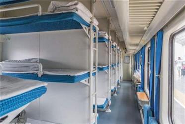 火车卧铺床单多久清洗一次?终于明白了