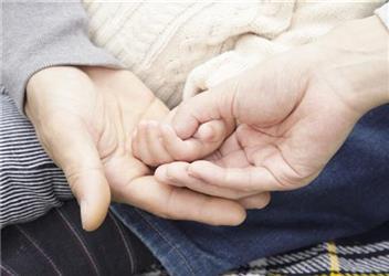 婴儿半岁就有了同情心
