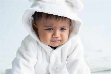 宝宝肚子圆滚滚或是胀气惹的祸教你几招判断方法