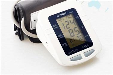 年龄越大,血压逐年升高,我们怎么办?