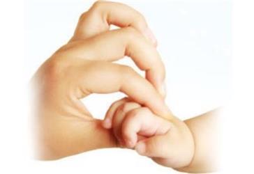 孩子感冒为什么总要扎手指儿科医生告诉你血常规报告怎么看