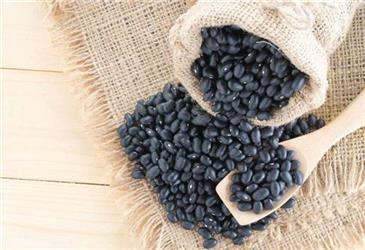 """常吃黑豆可补肾?黑豆的4种好处,若吃对了,效果堪比""""人参"""""""